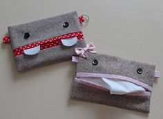 make a monster tissue pouch - tutorial Craft Tutorials, Sewing Tutorials, Sewing Patterns, Purse Patterns, Fabric Crafts, Sewing Crafts, Sewing Projects, Diy Back To School, Tissue Box Covers
