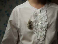 Un lapin AtelierMainsDeLaine sur etsy