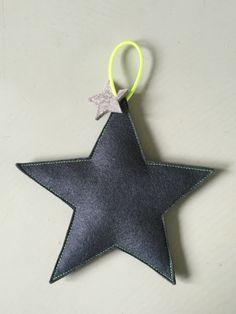 Wattierter Stern aus Filz von Räuberbart. Reiner Wollfilz / wool felt.