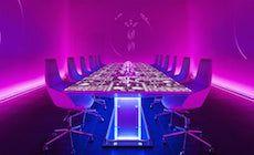 """Sublimotion est un restaurant moléculaire situé à Ibiza (Espagne) et dirigé par le chef 2 étoiles Paco Roncero. Ce """"sublime"""" établissement à une capacité d'accueil que d'une douzaine de couverts. Le Sublimotion est probablement le restaurant le plus cher du monde (plus de 2000 € par convive) ce ne sont pas seulement les papilles gustatives qui profitent de ce dépaysement mais aussi et surtout les yeux. Véritable show à lui tout seul, l'endroit change d'ambiance et de décor à chaque plat."""