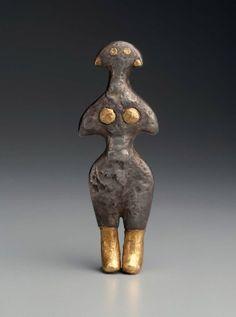 Figurine of a goddess  Near Eastern, Anatolian, Early Bronze Age, 2500–2300 B.C.   Museum of Fine Arts, Boston