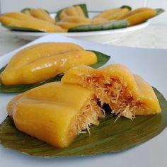 Resep kue basah kekinian istimewa Indonesian Cookies Recipe, Indonesian Desserts, Indonesian Cuisine, Asian Desserts, Asian Recipes, Cooking Cake, Cooking Recipes, Asian Cake, Asian Street Food
