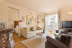 Find 2 Bedroom Vacation Rental in Paris - Paris Perfect