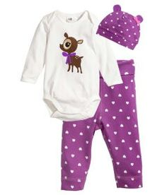 Baby girls clothes - love