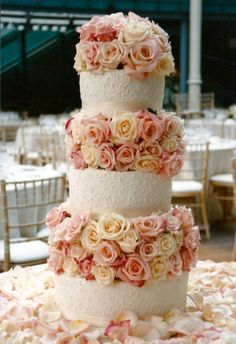 Pink and blush roses with wedding cake at The Royal Opera House in London Pretty Cakes, Beautiful Cakes, Amazing Cakes, Wedding Cakes With Flowers, Cake Flowers, Cake Wedding, Perfect Wedding, Dream Wedding, Wedding Stuff