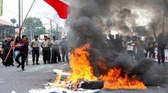 Kerry B. Collison Asia News: Jakarta protest: Violence on the streets as hardli...