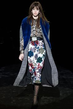 http://www.vogue.com/fashion-shows/fall-2016-ready-to-wear/emanuel-ungaro/slideshow/collection