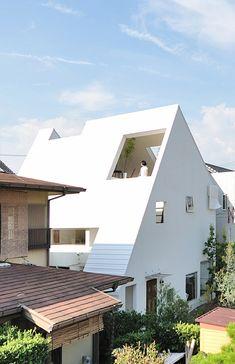 Montblanc House  Architects: Studio Velocity  Location/Year: Okazaki, Japan / 2009  Photograph: Kentaro Kurihara