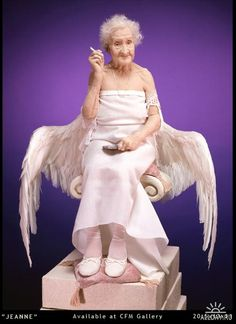 Jeanne - Lisa Lichtenfels So. my guardian angel could look like this. Art Magique, Ageless Beauty, Advanced Style, Young At Heart, Aging Gracefully, Forever Young, Trends 2018, Old Women, Getting Old