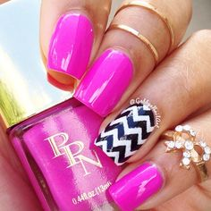 Hot Pink Nails with Black & White Chevron Accent Nail