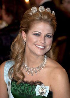 Princess Madeleine wedding: Which tiara will she wear? - Four Button Tiara
