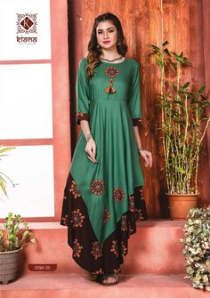 Shop Kiana Crown Long Kurtis Online with the best price.Flaunt with these Indian Dresses to Give yourself the stylish look for Casual Occasions to Parties. Kurti Neck Designs, Dress Neck Designs, Kurti Designs Party Wear, Indian Designer Outfits, Designer Dresses, Stylish Dresses, Women's Fashion Dresses, Fancy Kurti, Indian Gowns Dresses