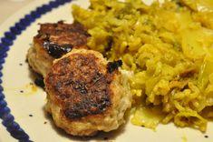 Karrykål med porrer og ris og lækre frikadeller