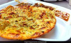 Chur Chur Naan Indian Recipes In Hindi, Indian Food Recipes, Veg Recipes, Great Recipes, Cooking Recipes, Indian Flat Bread, Bhaji Recipe, Naan Recipe, Healty Dinner