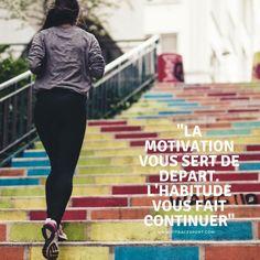"""""""La motivation vous sert de départ, l'habitude vous fait continuer""""  Aime et partage www.fitracesport.com #sport #training #nopainnogain #fitness #musculation #motivation #remiseenforme #sante #rentree Motivation, Athlete, Inspiration"""