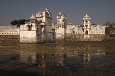 Padmini's Palace. Late 13th Century Rajput palace in the middle of a lake. Chittaugarh Rajasthan India