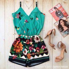 "7,255 Likes, 51 Comments - Simples Vaidade™  516k  (@simplesvaidade) on Instagram: ""Dress  #simplesvaidade ▫ #vestido #vestidos #vestidolindo #reveillon #decote #fashiongram #looks…"""