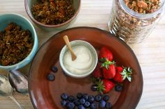 Absolutely scrumptious Toasted muesli / granola at Relish Mama. Muesli, Granola, Meatless Monday, Great Recipes, Pudding, Breakfast, Healthy, Desserts, Food