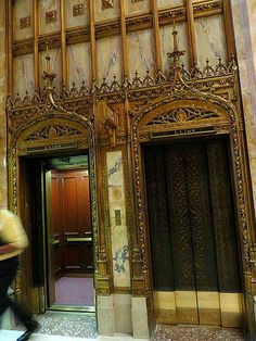 Woolworth Building, 233 Broadway, New York City. August 20, 2013.