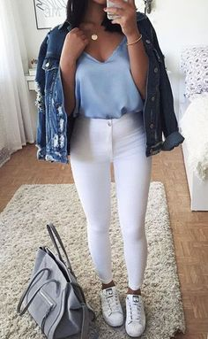 Outfits for womens fashion clothes fall winter outfits jeans with blouse outfits. - Outfits for womens fashion clothes fall winter outfits jeans with blouse outfits cute summer outfit - Outfit Jeans, Bluse Outfit, Mode Outfits, Jean Outfits, Casual Outfits, Fashion Outfits, Fashion Clothes, Fashion Casual, Fall Fashion