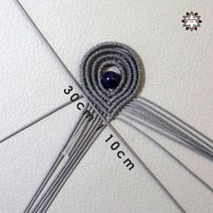 Tutorial: Loops earring – Macramotiv Macrame Earrings Tutorial, Earring Tutorial, Lace Necklace, Macrame Necklace, Macrame Patterns, Diy Jewelry, Jewellery, Arts And Crafts, Cards