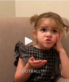 Kids Discover People Are Loving This Hilarious Video Of A Little Girl Getting Real About Yoga - Make you laugh - Humor Funny Cute Baby Videos Funny Videos For Kids Kids Videos Cute Gif Funny Cute Funny Babies Funny Kids Funny Jokes Hilarious Cute Funny Babies, Funny Cute, Really Funny, Cute Kids, Crazy Funny, Cute Little Girls, Funny Baby Memes, Funny Jokes, Hilarious