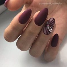 Beautiful Unique and Trendy Nail Designs That You Will Love Round Nails, Oval Nails, Matte Nails, Acrylic Nails, Matte Maroon Nails, Trendy Nail Art, Stylish Nails, Nail Art Arabesque, Nagel Bling