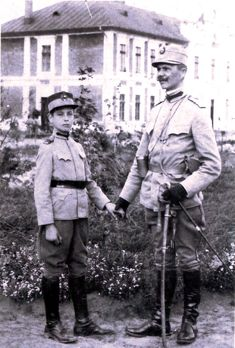 Capitanul-Miscarii-Legionare-Corneliu-Zelea-Codreanu-copil-in-1913-la-Liceul-Militar-si-tatal-sau #Miscarea Legionara #codreanu #romania #nationalism #iron guard #st michael