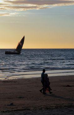 Madagascar / boat go west