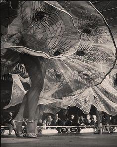 Gjon Mili, Harem Club Chorus Girls,1947