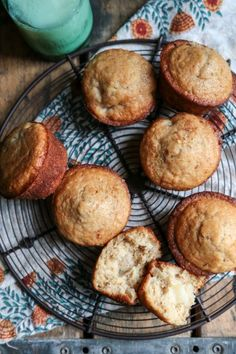 Cinnamon Pear Muffins - http://www.countrycleaver.com