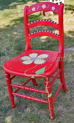 The Red Painted Cottage: A Free Printable Pattern For A Celebration Of My Whimsical Chair Whimsical Painted Furniture, Hand Painted Chairs, Hand Painted Furniture, Funky Furniture, Paint Furniture, Repurposed Furniture, Furniture Makeover, Furniture Design, Painted Tables