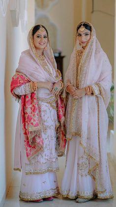 Pakistani Party Wear Dresses, Simple Pakistani Dresses, Designer Party Wear Dresses, Pakistani Outfits, Dress Indian Style, Indian Fashion Dresses, Indian Designer Outfits, Indian Bridal Outfits, Indian Bridal Wear