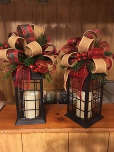 13 Brilliant Diy Christmas Lanterns Decor Ideas – Home Decor Lantern Christmas Decor, Christmas Porch, Noel Christmas, Outdoor Christmas Decorations, Christmas Centerpieces, Rustic Christmas, Christmas Projects, Christmas Wreaths, Holiday Decor