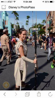 Star Wars episode 7 the force awakens rey cosplay at Star Wars weekends disney world