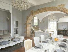 arco in pietra per salone