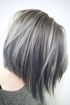Cozy 30+ Silver Hair Color Ideas For Women Look More Beautiful https://www.tukuoke.com/30-silver-hair-color-ideas-for-women-look-more-beautiful-15190