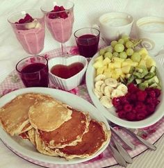 Romantic breakfast in bed Romantic Breakfast, Breakfast In Bed, Perfect Breakfast, Breakfast Pancakes, Morning Breakfast, Breakfast Fruit, Breakfast Ideas, Breakfast Pictures, Breakfast Quesadilla