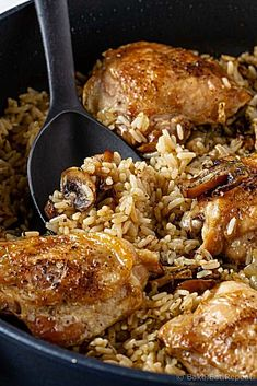 This one pot mushroom chicken and rice recipe is an easy one pot meal flavourful chicken and mushrooms with rice, all cooked in the same pot! mushroom chicken rice onepot onepan glutenfree is part of Chicken rice recipes - Chicken Rice Recipes, Chicken Flavors, Seafood Recipes, Cooking Recipes, Healthy Recipes, Recipe Chicken, Beef Recipes, Chicken Thighs Rice Recipe, Recipies