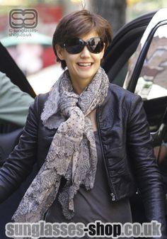 Katie-Holmes in Fashion Sunglasses