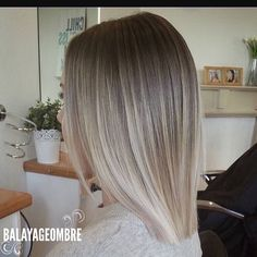 "9,455 Likes, 39 Comments - Balayageombre  (@balayageombre) on Instagram: ""Love it so beautiful work amazing #balayage #balayageombre #balayagehighlights #babylights…"""
