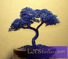 Hokidachi Style Wire Tree Sculpture (blue)