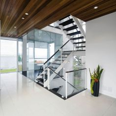 #modern #house #stairs