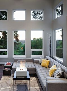 22-amazing-modern-decorated-living-rooms-11
