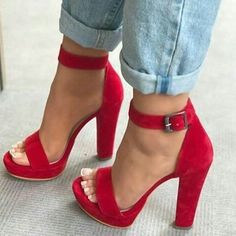 Heels Trendy Shoes Fashion – Chaussures à talons Dream Shoes, Crazy Shoes, Me Too Shoes, Heeled Boots, Shoe Boots, Heeled Sandals, Sandals Outfit, Red Sandals, Red Heels Outfit