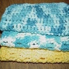 How to Loom Knit a Baby Blanket