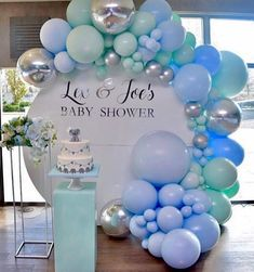 """Baby Shower Connoisseur on Instagram: """"A beautiful setup for this baby shower💗 . . Design & styling by:@dreamcreations_designs Balloons by: @weballoonz Round backdrop by:…"""""""
