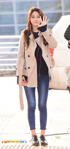 "AOA Seolhyun @ Incheon International Airport heading to Taiwan"" Fashion 101, Asian Fashion, Girl Fashion, Autumn Fashion, Seolhyun, Fall Outfits, Cute Outfits, Kim Seol Hyun, Senior Girl Poses"