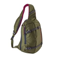 Equal parts courier bag, backpack and carry-all, the Patagonia Atom Sling bag's teardrop shape makes it simple to access your things when you're on the go. Patagonia Outfit, Patagonia Jacket, Patagonia Travel, One Strap Backpack, Sling Backpack, Shoulder Backpack, Rottweiler Puppies, Tactical Gear, Shoes