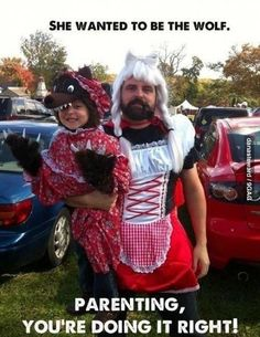 Make you smile, parenting done right, parenting win, parenting humor, paren Be Wolf, Doug Funnie, Halloween Karneval, Parenting Done Right, Parenting Win, Parenting Humor, Parenting Articles, Red Riding Hood, Best Dad